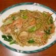 KITCHEN QUICKIES – Shrimp & Scallops Chow Mein
