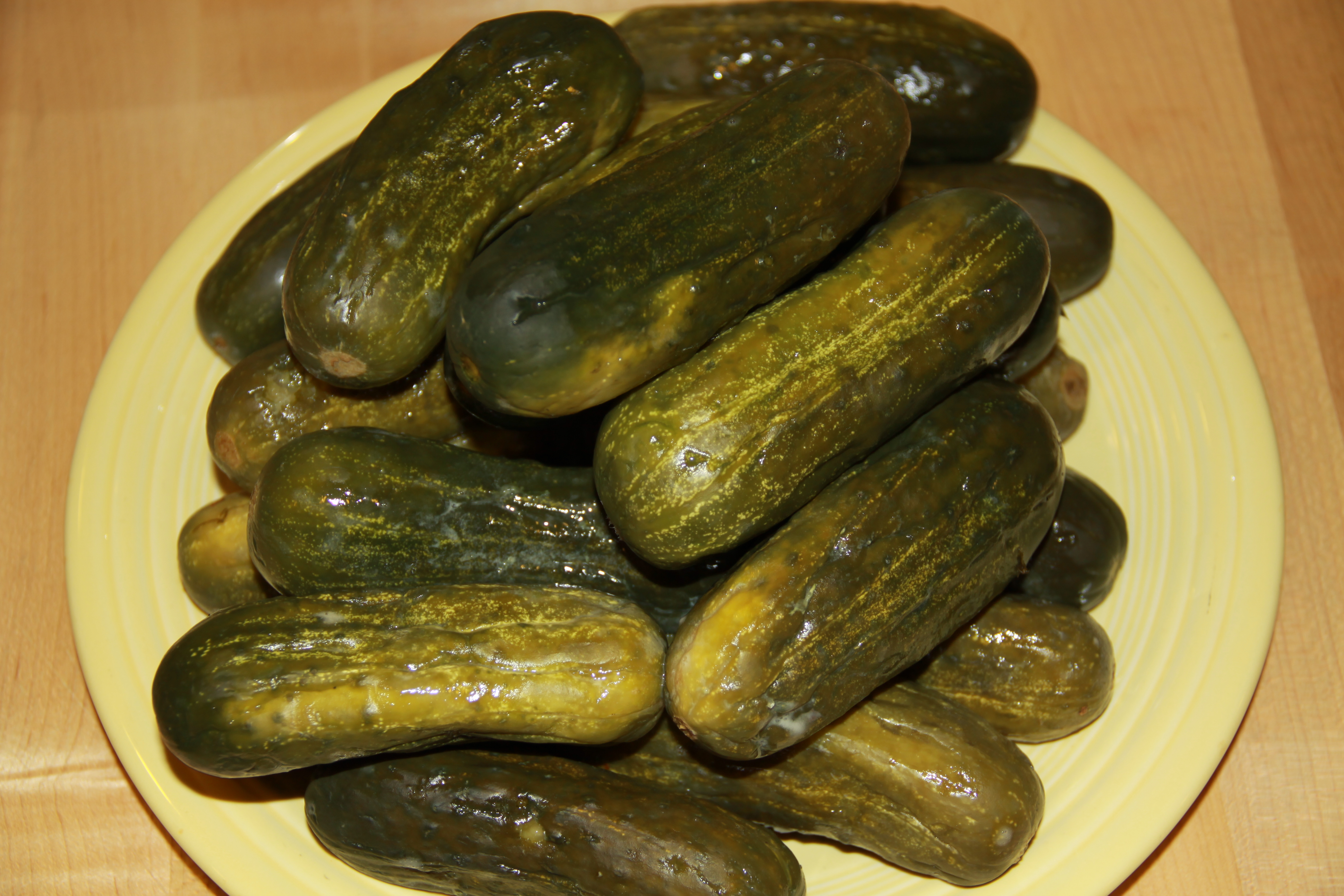 125 years of kosher dill pickles / a link that joins the generations